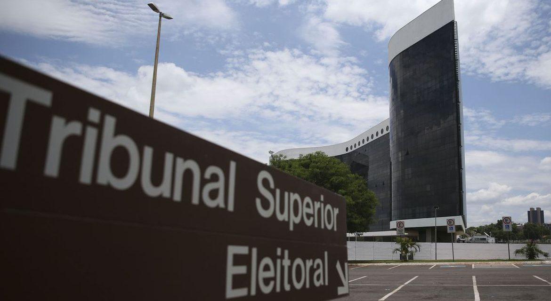 Presidente do TSE adia eleições em Macapá