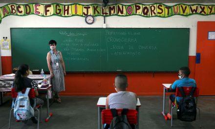 Volta às aulas presenciais é cancelada em Louveira. Prefeitura divulga vídeo sobre a decisão