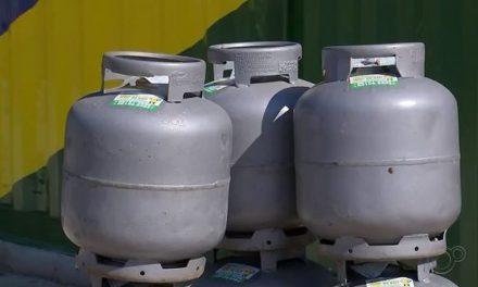 Gás de cozinha está 6% mais caro a partir desta quinta, informa Petrobras