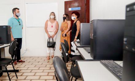 Primeira-Dama de Louveira visita Fundo Social de Solidariedade de Itupeva