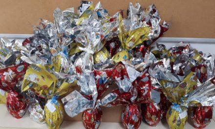 Mais de 6 mil alunos da rede municipal recebem ovos de páscoa