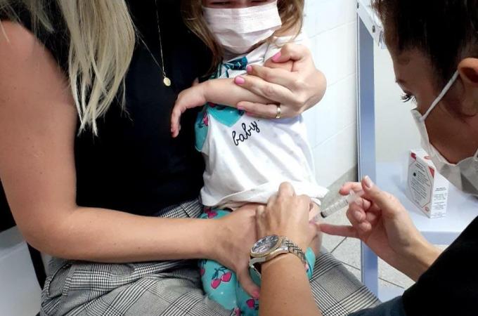Vacina contra gripe em Louveira: mais de 2.850 pessoas já se imunizaram