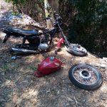 Moto desmontada é encontrada no Santo Antônio