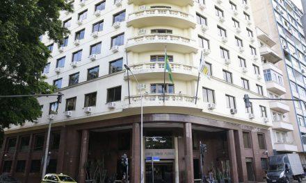 Índice que reajusta aluguéis fecha o ano com alta de 23,14%, diz FGV