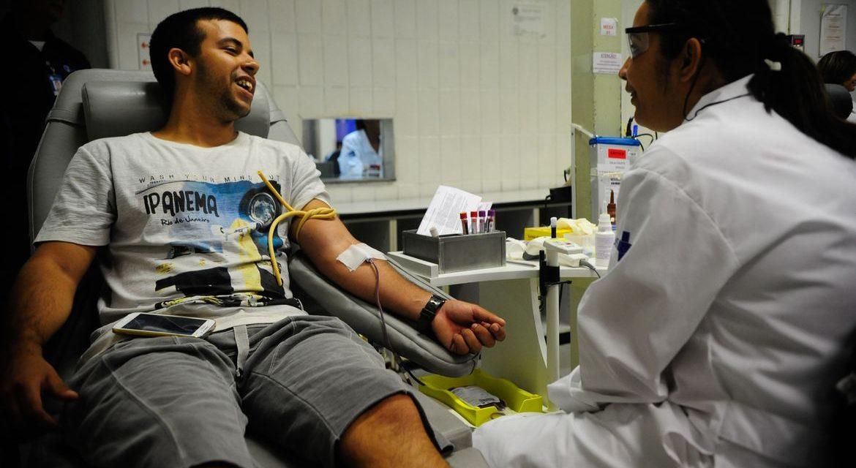 Hemocentros realizam ações em homenagem ao Dia Nacional do Doador de Sangue