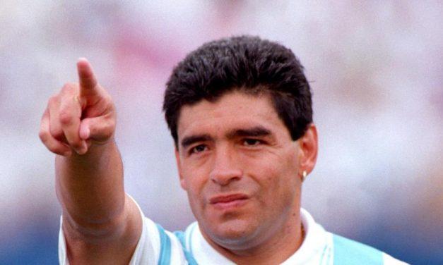 Diego Maradona morre aos 60 anos de parada cardiorrespiratória