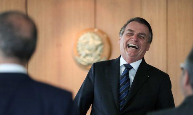 Bolsonaro recebe hoje governadores e presidentes de outros Poderes