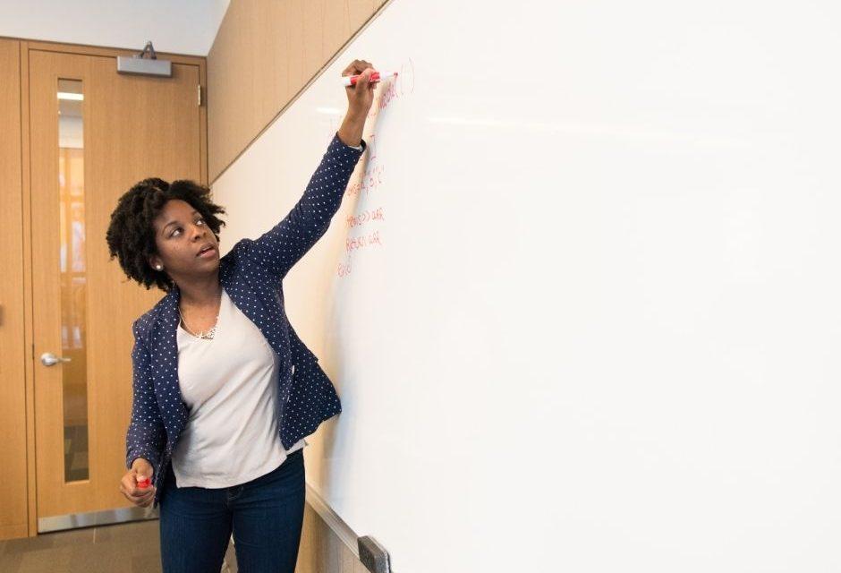 Educação em Louveira abre inscrições para professores
