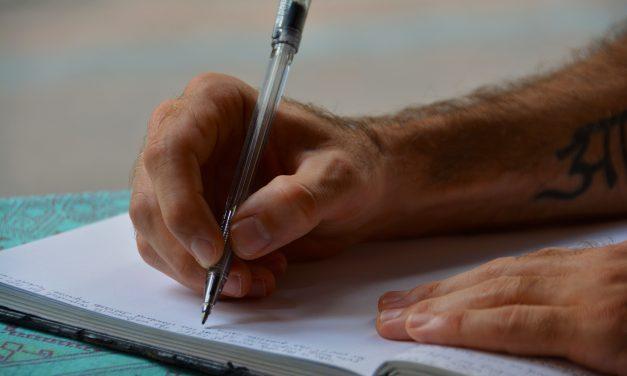 Estão abertas as inscrições para curso gratuito pré-vestibular para estudantes da rede pública de Louveira
