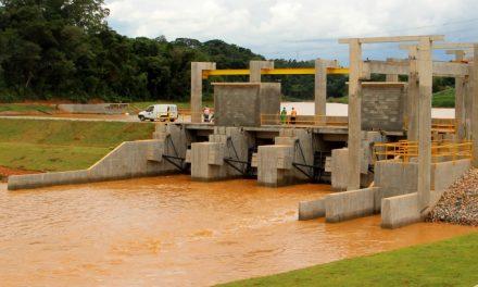 Chuvas em Louveira fazem Prefeitura abrir comportas de represa