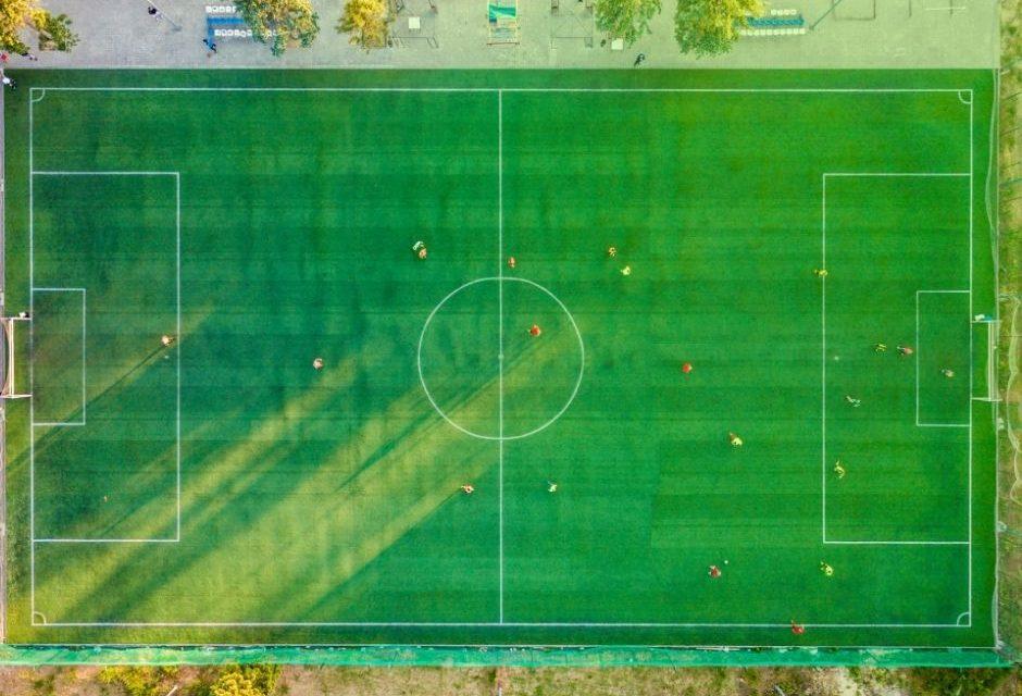 Decreto amplia programa para conscientizar atletas de futebol