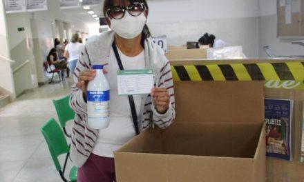 """""""Vacina contra a fome"""" vai recebe doações de alimentos em postos de imunização"""
