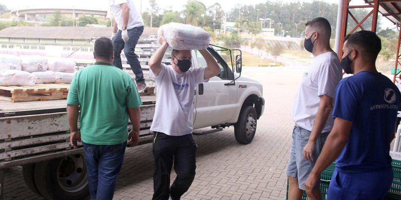 Campanha arrecada cerca de 6 toneladas de alimentos em Louveira