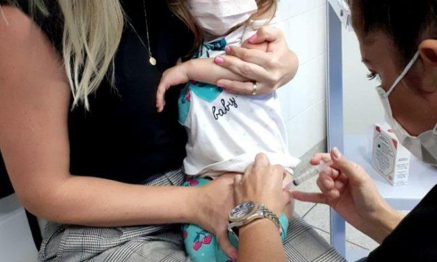 Louveira realiza no sábado (16) o Dia D da Campanha de Multivacinação para crianças e adolescentes
