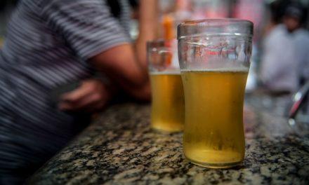Alcoolismo: veja dicas de como parar de beber