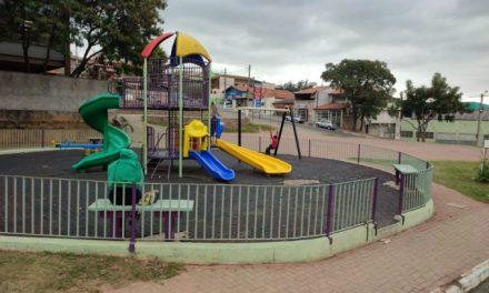 Prefeitura inicia revitalização de academias, parquinhos e quadras esportivas pela cidade