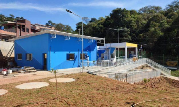 Prefeitura inicia reforma de quadras esportivas que vão abrigar escolinhas após a pandemia em Louveira