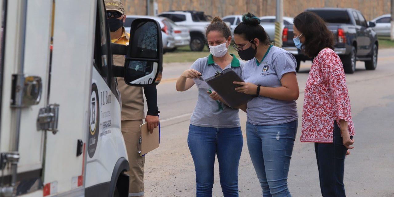 Prefeitura faz blitz para avaliar emissão de poluentes em veículos que circulam pelo Centro de Louveira