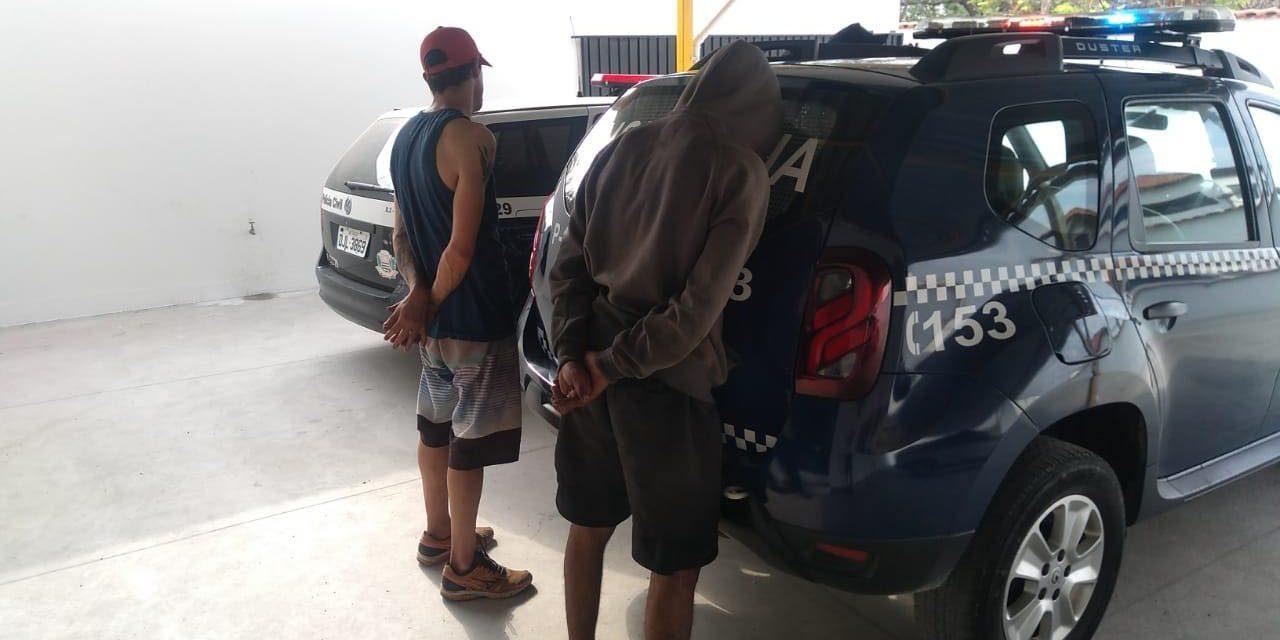 Homens são presos furtando fios de energia na Atílio Biscuola